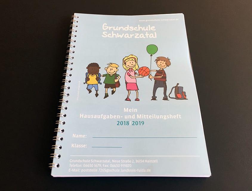 Grundschule Schwarzatal in Hainzell - LOFTAGENTUR unterstützt mit Hausaufgaben- und Mitteilungsheft